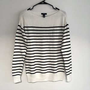 BNWOT GAP Boatneck Black & White Striped Sweater - Size XS